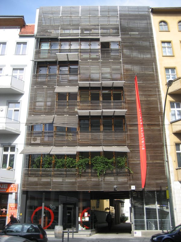 Wooden double-facade, Berlin