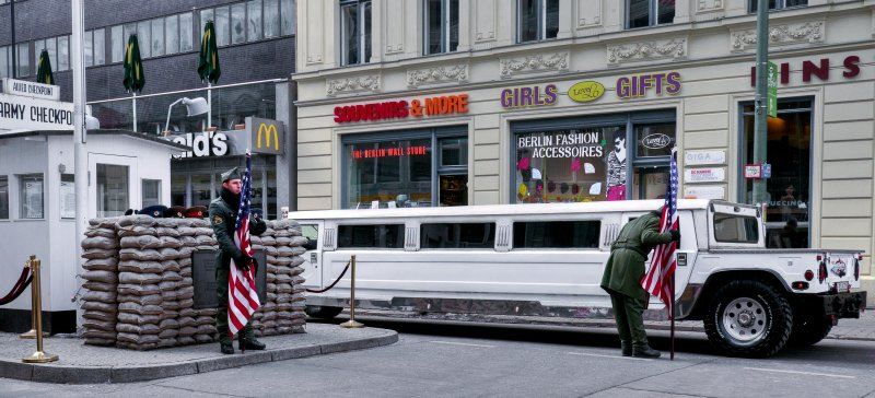 Girls& Gifts; Checkpoint Charlie!