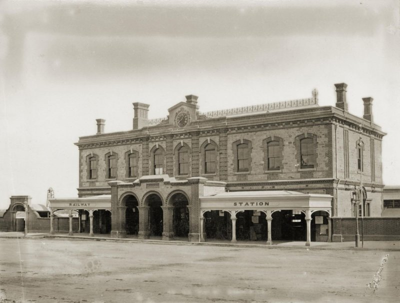 Adelaide Railway Station, North Terrace, ca1878