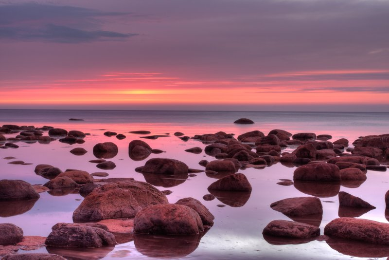 Dawn at seashore (HDR)