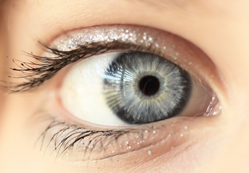 Unedited Macro Blue Gray Eye (cropped only)