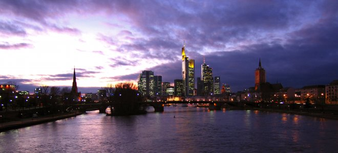 frankfurt by ... mit ohne Panorama