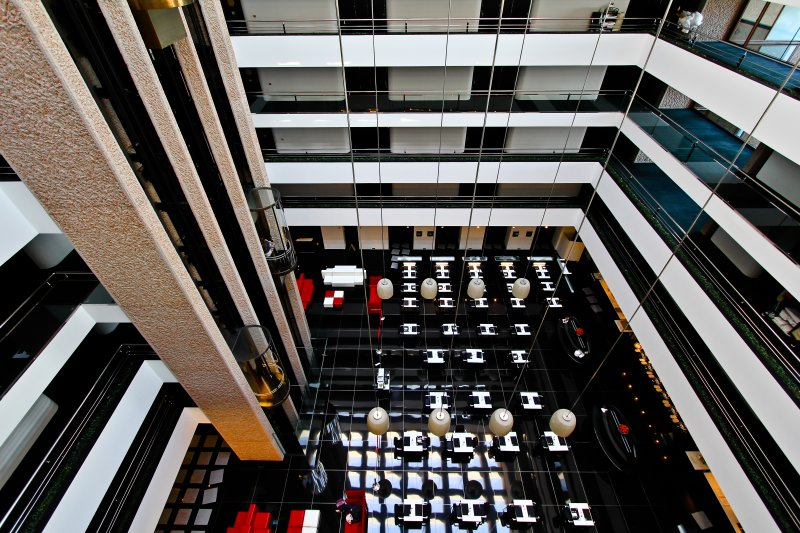 Hilton Madrid, Spain @ Barajas International : Fascinatingly Modern, Elegant Hospitality!