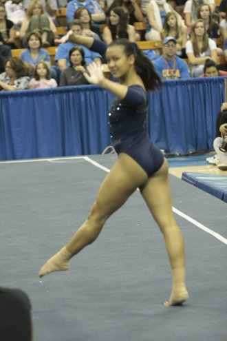 UCLA Bruins Women&#039;s Gymnastics - 1671