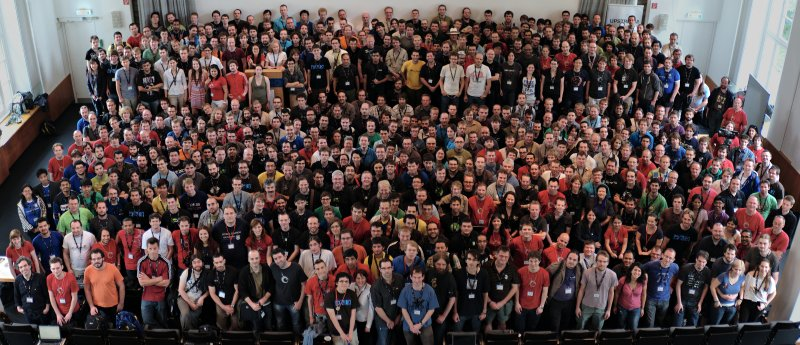 Desktop Summit group photo