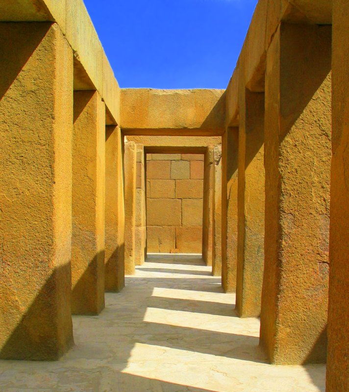 Ancient Architecture: Pharaoh Khafre's Valley Temple, Egypt