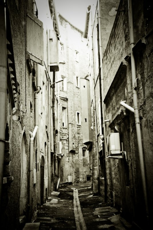 Montpellier back alley