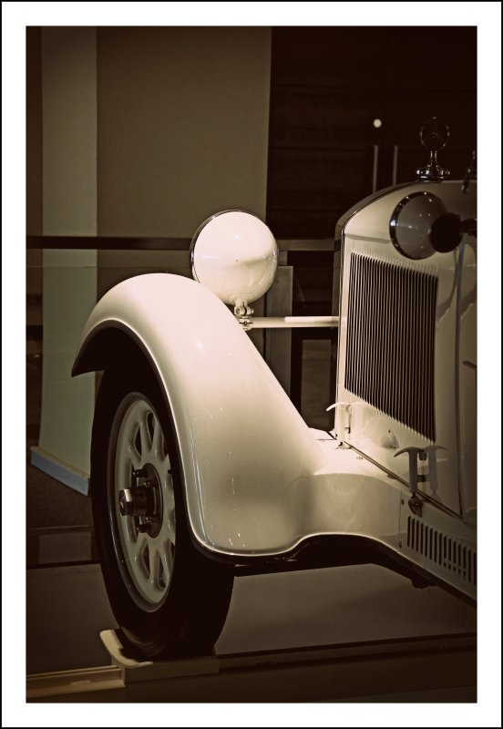 If I must be faithful to someone or something, then I have, first of all, to be faithful to myself. --- Paulo Coelho  [ Eleven Minutes ]  // Mercedes-Benz Type Stuttgart 200 // 1929 // @ The Westin Grand Hotel Frankfurt // Main // Germany