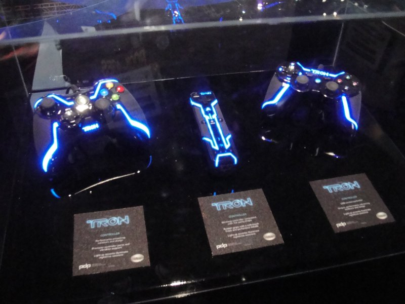 E3 2010 Disney's Tron Evolution controllers for the Xbox 360, Wii, and PS3