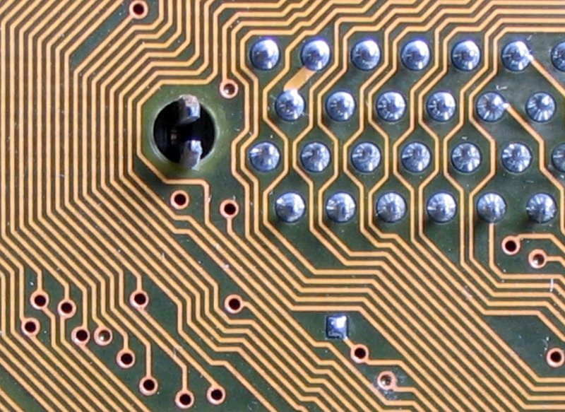 labyrinthine circuit board lines