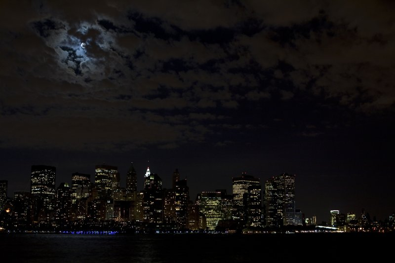 Downtown NYC with full moon -3109