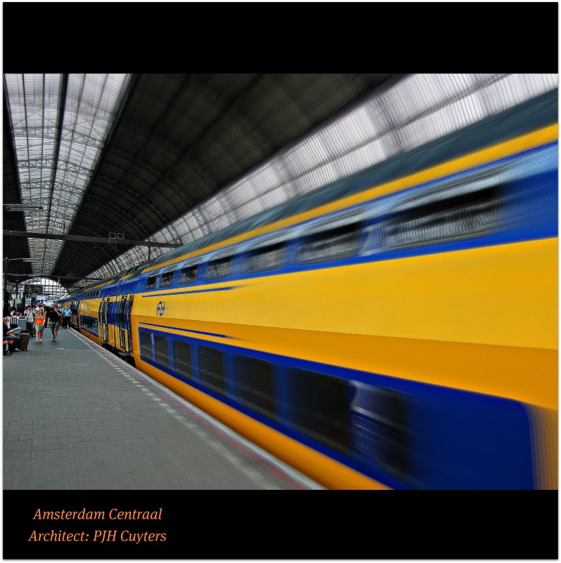 AMSTERDAM CENTRAAL : The main trainstation of the Dutch capital city : PEOPLE MOVEMENT : WORLD : SENSE : FLY : TRAIN : Discovery! Enjoy the exploration! :)