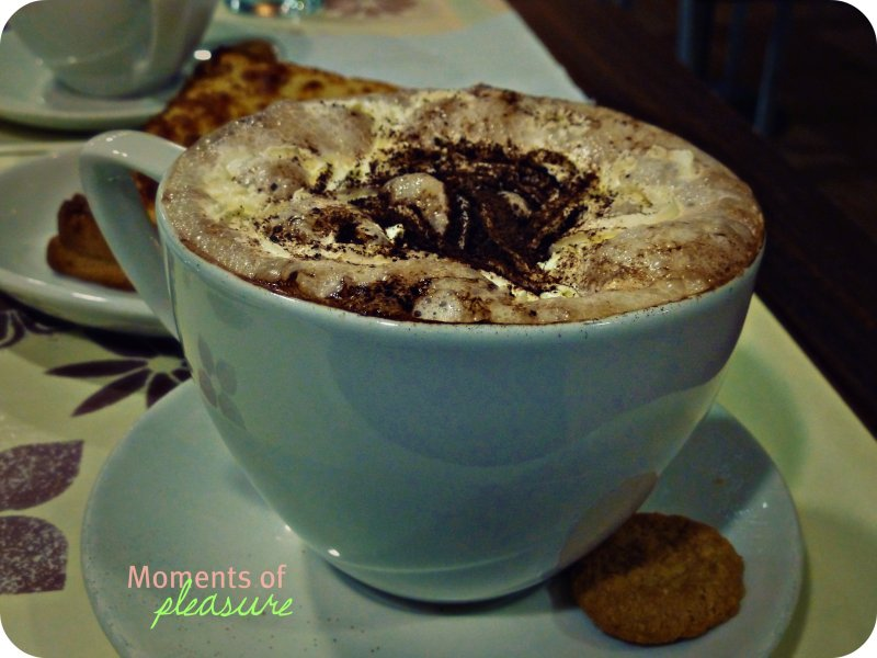 [ Hot Chocolate Lovers Paradise ] Café Revive, Marks and Spencer, Dublin, Republic of Ireland