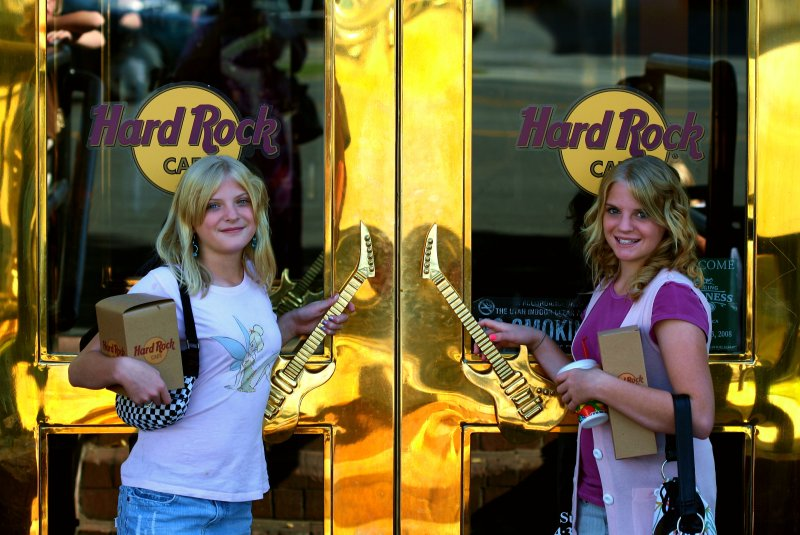 Free Girls at The Hard Rock Cafe in Salt Lake City, Utah Creative Commons