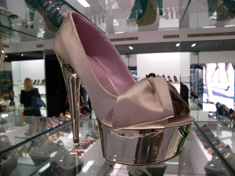 Luxury shoes candid @ Kurt Geiger store in Canary Wharf, London, England, United Kingdom, anyone up for jogging? Enjoy the magic!:)