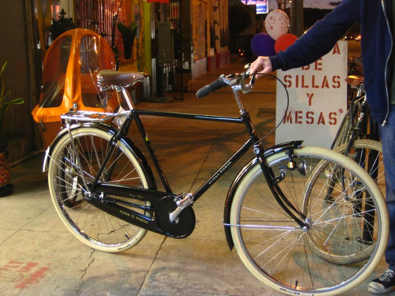 Our latest custom Flying Pigeon Racer 5-speed