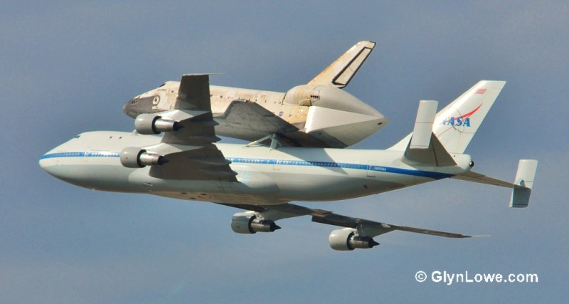 Space Shuttle Discovery Landing At Washington DC - (Explored)