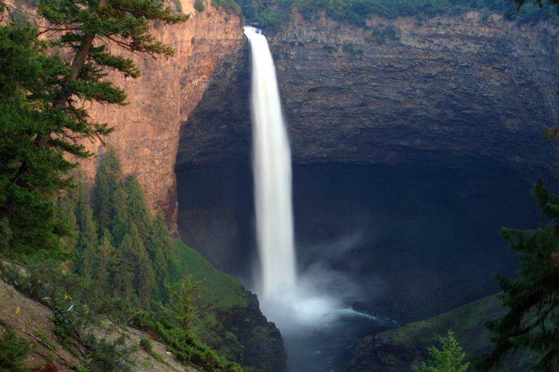 Big punchbowl surrounding Helmcken Falls, Wells Gray Provincial Park
