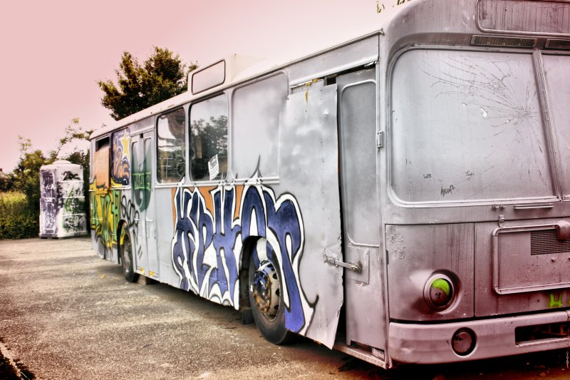 Old Style-Bus